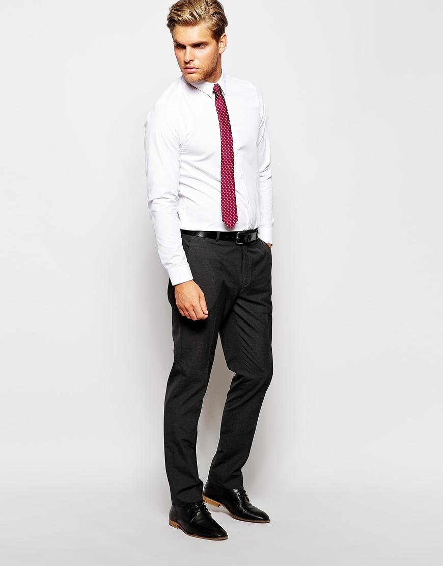 chemise cravate assortir les couleurs. Black Bedroom Furniture Sets. Home Design Ideas